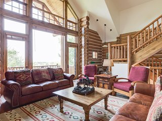 Big Red Cabin (4BR) - BC 27