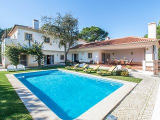 4 bedroom Villa in Quinta do Chaparro, Setúbal, Portugal : ref 5681764