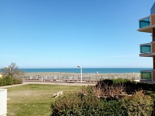2 bedroom Apartment in Port Leucate, Occitania, France - 5557475