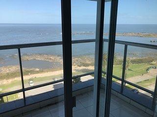 Huge apartment, hight floor sea view, swimming pool