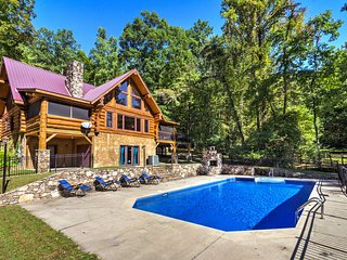Upper Lodge Brevard Cabin on 80 Acres w/ Pool!