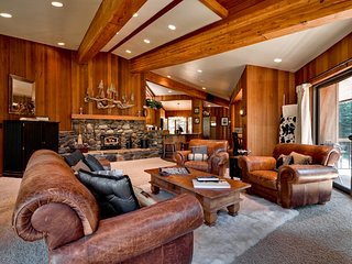 Sandy Way Chalet at Squaw Valley