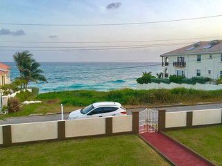 Sea Dream House, Ocean facing Holiday Apartment, BARBADOS