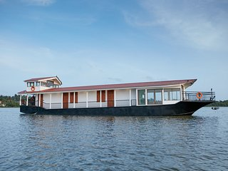 FLOW by Amber Collection (2-Bedroom Houseboat)