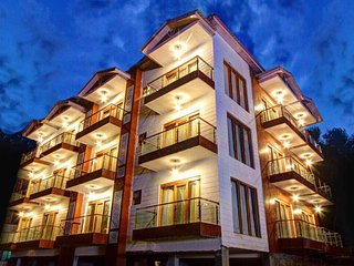Hill County Resort & Spa, Manali