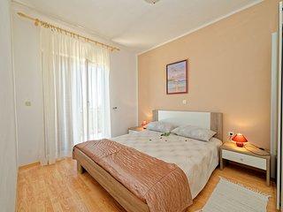 Apartment 650