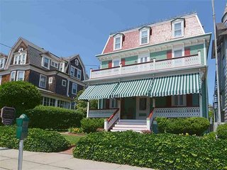 Ocean Victorian,Cape May Beach Block Sleeps 22 138895