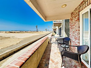 Prime Oceanfront Location! Contemporary Seal Beach 3BR on the Strand