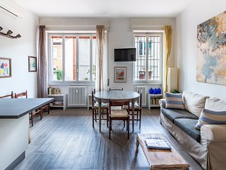 MILANO HOMEY APARTMENT - 4 BEDROOMS
