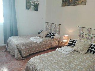 Habitacion Amarilla - Centro Sevilla  - baño compartido