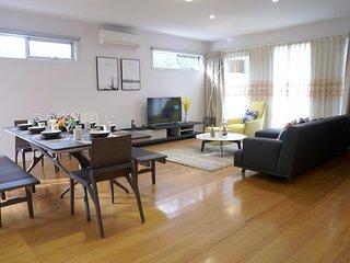 Melbourne Luxury Villa at Doncaster