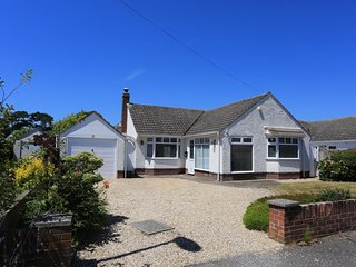 BOURNECOAST - BUNGALOW NEAR TO BEACHES -HB4400