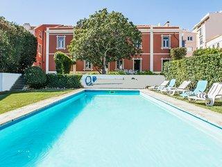 3 bedroom Villa in Sesimbra, Setúbal, Portugal : ref 5681768