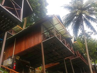 Budget Double Fan Treehouse on Phi Phi!