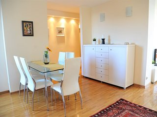 Bella Art - Best Located Apartment in Belgrade