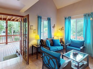 Waterfront house with dock access, washer/dryer, a short drive from the beach