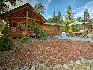 Custom Log Home - Mins to Yosemite National Park!