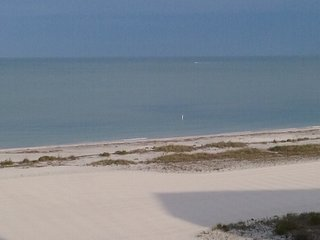 Beach Front Condo -Clearwater Beach/San Key.  Jan 8- 26th Available!