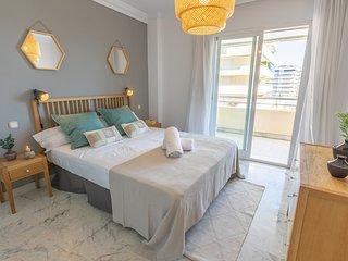 Spacious apartment a short walk away (299 m) from the 'Playa de Puerto Banus' in
