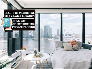 Melbourne Docklands 2 BR Holiday Apartment with Parking