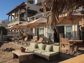 Shabby Chic Malibu Beach House - Ocean Level