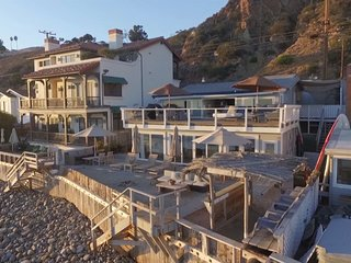 Shabby Chic Malibu Beach House - Whole House
