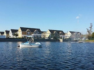 2 Bedrooms Townhouse at Villas at Seven Dwarfs only 4 miles from Disney - AM