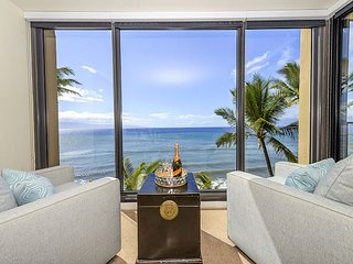Mahana 501 2bed/2bath, Direct Oceanfront, New Listing Gem on the Westside!