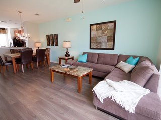 4815TA-163. Lovely 3 Bedroom Town Home in Vista Cay Resort