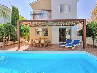 Two Bedroom Villa in Cape Greko