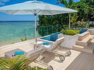 Coho 3BR Penthouse  beach & pool apartment