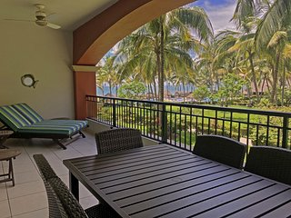Amazing BEACHFRONT condo with private terrace! Wifi. Playa Royale resort.