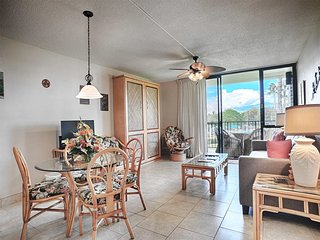 Easy Kihei Living! Kitchen, Lanai, Laundry, AC, WiFi+Flat Screens–Kamaole Sands