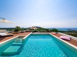 Villa Primosten Bay View – Modern pool villa near Primosten