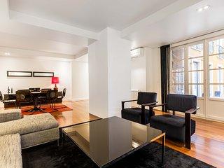 TOTE SER Chiado Deluxe Terrace 3 BR Apartment