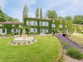 9 bedroom Villa in Annepont, Nouvelle-Aquitaine, France : ref 5217563