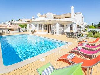 3 bedroom Villa in Sesmarias, Faro, Portugal : ref 5682453