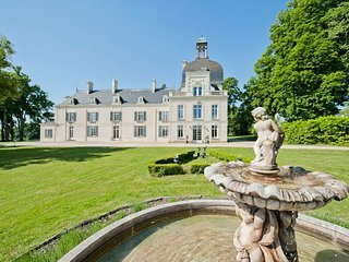 8 bedroom Chateau in Jaulnay, Centre, France : ref 5682461