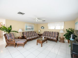 3 Bedroom/ 2 Bath Cottage just across from Siesta Beach with Pool Access!!- 11A