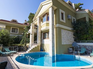 5 bedroom Villa with Pool, Air Con and WiFi - 5682458