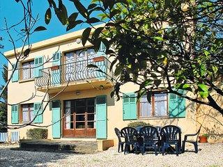 3 bedroom Apartment in La Croix-Valmer, Provence-Alpes-Cote d'Azur, France : ref
