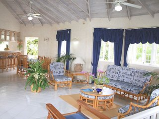 4 bedroom vacation Barbados beach villa -pool,A/c,staff,ensuite,airport transfer