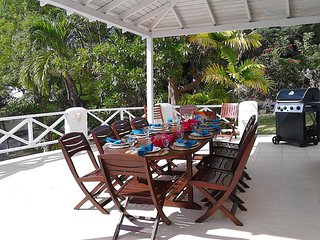 5 bedroom vacation Barbados beach villa -pool,A/c,staff,ensuite,airport transfer