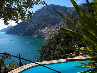 Sea-view villa and pool in Positano (2 bedrooms)