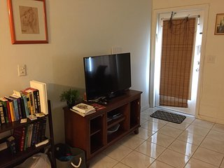 Cozy 1 Bed/1 Bath Apt in 55+ Community. 6 month Rental