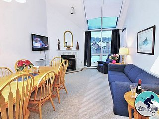 Pico E305 -Two bedrooms plus Loft, Walk to Lift & Ski Home To Your Back door