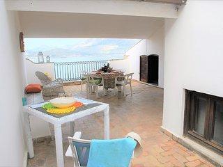 Appartamento con terrazza panoramica sul Golfo di Gaeta