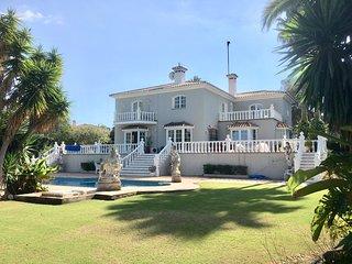 Beautiful Sotogrande Costa Villa situated on a large plot