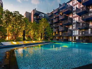 D187 - Large apartment in heart of Patong, 2 pools and gym