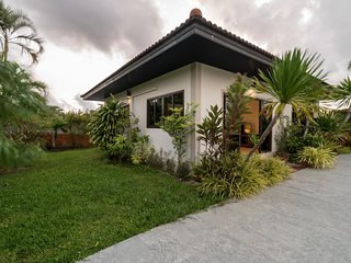 Pasak soi 3 - Convenient pool villa in quiet location, near Laguna, Boat avenue